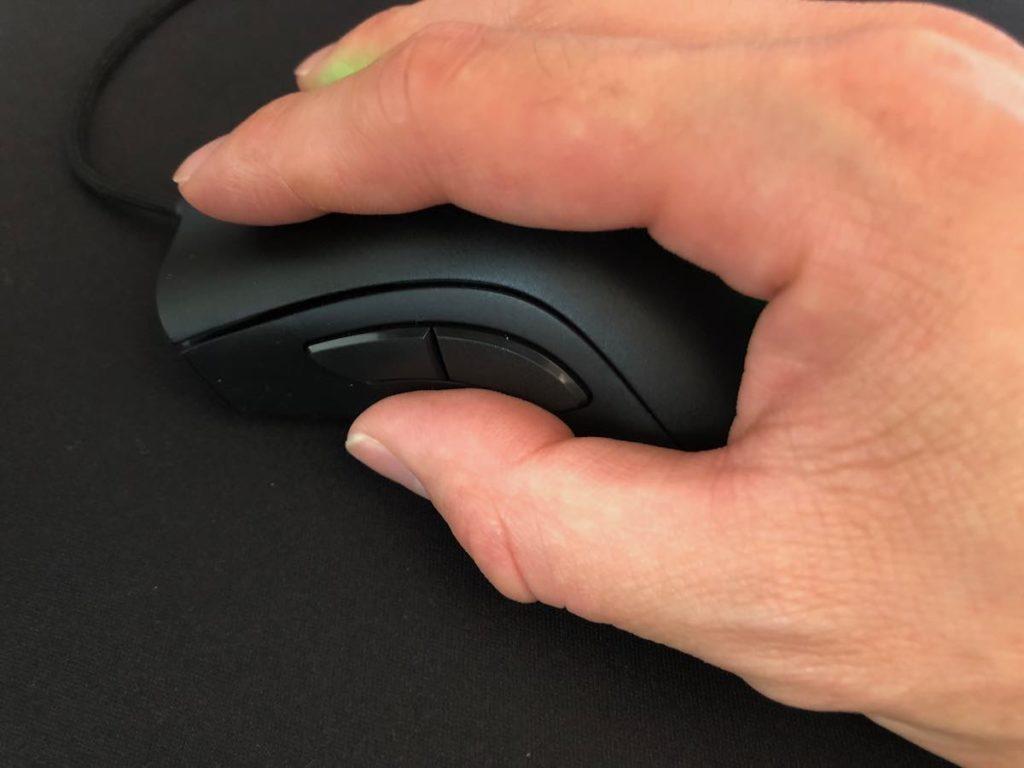 Razer DeathAdder V2 サイドボタン