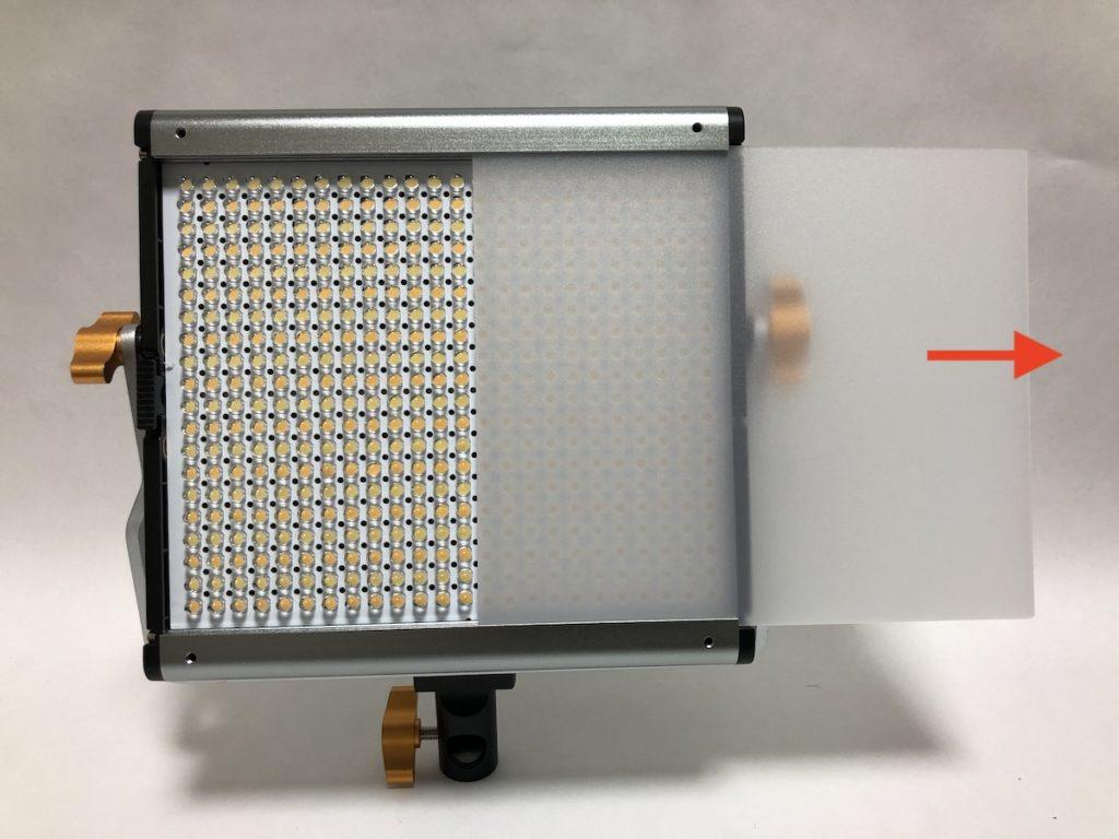 NEEWER 480 LEDビデオライト ディフューザー取り外し