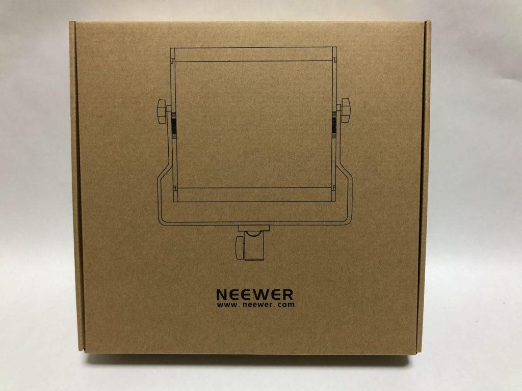NEEWER 480 LEDビデオライト 外箱