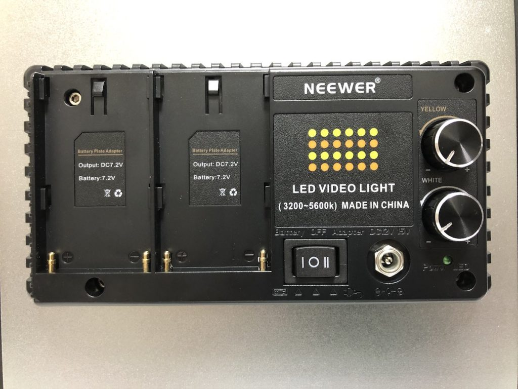 NEEWER 480 LEDビデオライト 背面アップ