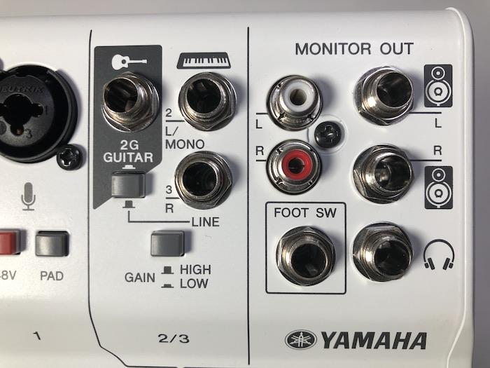 YAMAHA AG03 楽器:モニター接続端子