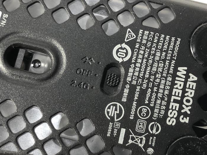 SteelSeries Aerox3 Wireless 接続切り替えスイッチ