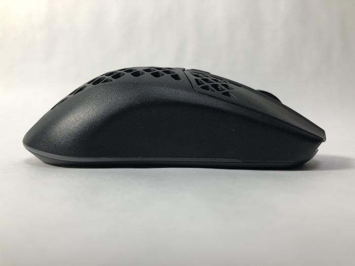 SteelSeries Aerox3 Wireless 本体 右サイド