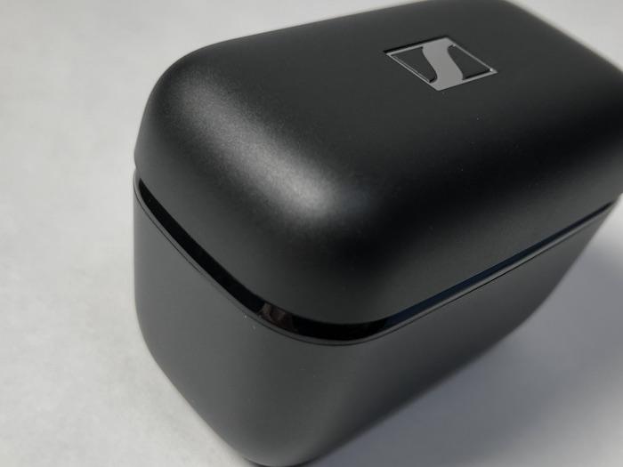 SENNHEISER CX 400BT True Wireless 充電ケース 質感